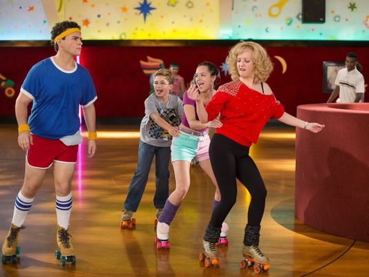 twin style halloween costume inspiration the goldbergs